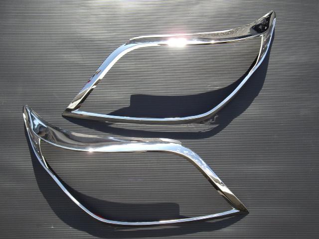 !トヨタ ランドクルーザープラド150系 クロームメッキヘッドライトリング