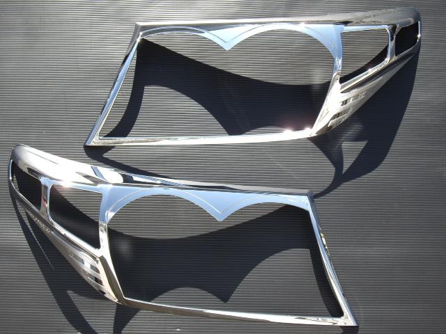 【 在庫処分 】 トヨタ ランドクルーザー200系 クロームメッキヘッドライトリング