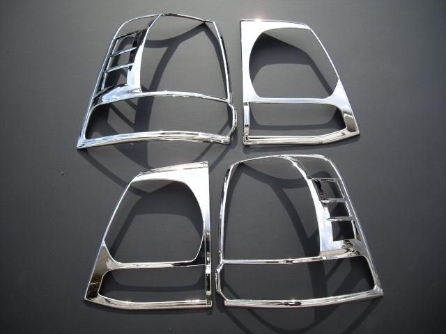 【 在庫処分 】 トヨタ ランドクルーザー200系 前期 クロームメッキテールライトリング